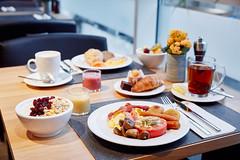 Breakfast @ Lindner WTC Hotel & City Lounge Antwerp (Lindner WTC Hotel & City Lounge Antwerp) Tags: breakfast restaurant lindnerwtchotelcityloungeantwerp
