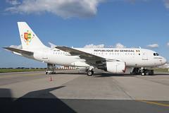 6V-ONE 17062019 (Tristar1011) Tags: ebbr bru brusselsairport republiquedusenegal airbus a319115x a319 acj airbuscorporatejet 6vone pointesarène