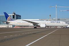 N16008 17062019 (Tristar1011) Tags: ebbr bru brusselsairport united unitedairlines boeing 78710 dreamliner n16008 b78x