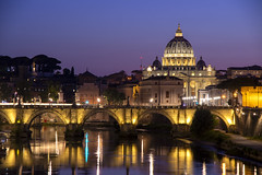 St. Peter's on the Tiber (David D. Green) Tags: rome roma romeitaly st peters tiber longexposure bluehour