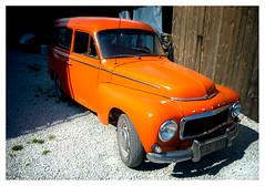 Swedish legend (leo.roos) Tags: volvo duett p210 stationwagon estatecar stationwagen orange oranje 28 lens heliosautowideangle128f28mm m42 a7 helios2828 madeinjapan swedengotlandspring2019 zweden darosa leoroos gotland fårösund kattenrug katterug