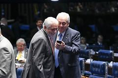 Plenário do Senado (Senado Federal) Tags: ordemdodia plenário senadorjaqueswagnerptba senadorottoalencarpsdba sessãodeliberativaordinária celular smartphone brasília df brasil