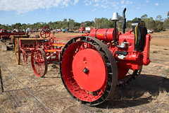 Moline model D (Runabout63) Tags: moline tractor murraybridge