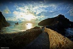 San Juan de Gaztelugatxe (estefiavilam) Tags: paisvasco sunset sanjuandegaztelugatxe lovescapture amazing lansdcape photography nikond5200 wonderful beautiful europe greatcapture photooftheday