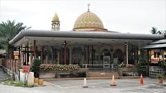 DSC06180-Masjid As Syakirin, Jenderam Hilir, Dengkil, Selangor (RaaiMan~PhotoActive | الراعى عثمان) Tags: masjid malaysia selangor masjidjenderam