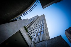 "One Embarcadero Center (Frank van Hoorn) Tags: sky building highrise sanfransisco blue windows glass concrete officebuilding offices skyscraper ""oneembarcaderocenter"""