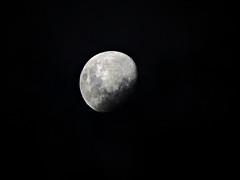(gaavaldez) Tags: moon phases salvador bahia lua sky céu escuro cheia nuvem nuvens fotografia photos ba