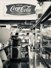 24th Street Cafe - Bakersfield, California (jqrz11) Tags: blackandwhite breakfast vintage retro ngc soe