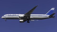 4X-EDF_JFK_Landing_31R_Retro (MAB757200) Tags: elalisraelairlines b7879 4xedf rehovot 1946retro 70thanniversary dreamliner aircraft airplane airlines airport jetliner landing runway31r boeing jfk kjfk