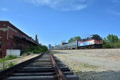 Ghost train (Miles Thompson) Tags: metra rockislanddistrict rockisland abandoned f40 chicago chicagotrains southside