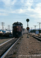 27 X-Overs (GRNDMND) Tags: trains railroads southernpacific espee sp locomotive emd sd35 cityofindustry california
