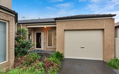 3/4 Daniher Close, Berwick VIC