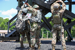 190618-A-DX878-1042 (Fort Drum & 10th Mountain Division (LI)) Tags: ashleymmorris fortpolk 3bct 10thmountaindivision lightfightersschool airassault rappel rappelling confidencetower
