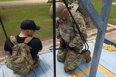 190618-A-DX878-1038 (Fort Drum & 10th Mountain Division (LI)) Tags: ashleymmorris fortpolk 3bct 10thmountaindivision lightfightersschool airassault rappel rappelling confidencetower