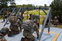 190618-A-DX878-1039 (Fort Drum & 10th Mountain Division (LI)) Tags: ashleymmorris fortpolk 3bct 10thmountaindivision lightfightersschool airassault rappel rappelling confidencetower