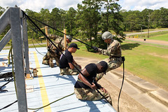 190618-A-DX878-1026 (Fort Drum & 10th Mountain Division (LI)) Tags: ashleymmorris fortpolk 3bct 10thmountaindivision lightfightersschool airassault rappel rappelling confidencetower