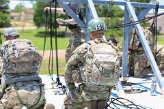 190618-A-DX878-1033 (Fort Drum & 10th Mountain Division (LI)) Tags: ashleymmorris fortpolk 3bct 10thmountaindivision lightfightersschool airassault rappel rappelling confidencetower