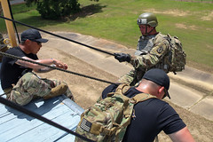190618-A-DX878-1035 (Fort Drum & 10th Mountain Division (LI)) Tags: ashleymmorris fortpolk 3bct 10thmountaindivision lightfightersschool airassault rappel rappelling confidencetower