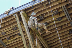 190618-A-DX878-1041 (Fort Drum & 10th Mountain Division (LI)) Tags: ashleymmorris fortpolk 3bct 10thmountaindivision lightfightersschool airassault rappel rappelling confidencetower