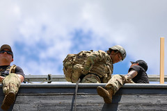190618-A-DX878-1043 (Fort Drum & 10th Mountain Division (LI)) Tags: ashleymmorris fortpolk 3bct 10thmountaindivision lightfightersschool airassault rappel rappelling confidencetower