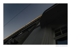 golden peak (MvMiddendorf) Tags: cologne kisd werkkunstschule fhköln college window detail diagonal