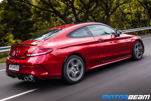 2019-Mercedes-AMG-C43-Coupe-4