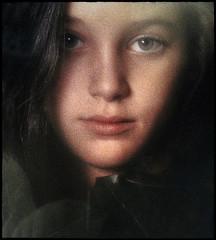 Natalie in Leaves (Marco Reardon) Tags: girl young teen leaves eyes film grain fille ado teenager adolescente portrait yeux feuilles closeup marco reardon lips levres photo argentique cibachrome jeune color couleur kodachrome