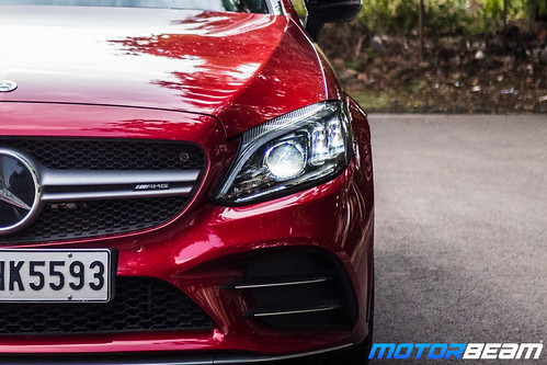 2019-Mercedes-AMG-C43-Coupe-19