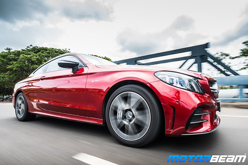 2019-Mercedes-AMG-C43-Coupe-6