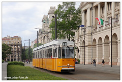 Tram Budapest - 2019-28 (olherfoto) Tags: tram tramcar tramway strasenbahn bkv budapest villamos hungary ganz ungarn