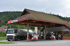 Avia, Todtmoos Germany. (EYBusman) Tags: avia petrol gas gasoline filling service station garage todtmoos sud banded germany xpress eybusman