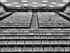 The TUBerlin auditorium 104 (ANBerlin) Tags: licht lights symmetrie symmetry schatten shadow langenachtderwissenschaften lndw19 lndw kontrast contrast raum room struktur structure abstrakt abstract städtisch stadt urban city ausergewöhnlich extraordinary stühle chairs stools seating sitzen sit sitzplatz seat bauwerk building architektur architecture interior interieur innen indoor inside hörsaal auditorium technischeuniversität technicaluniversity deutschland germany berlin charlottenburg strasedes17juni tuberlin einfarbig monochrome biancoenero noiretblanc schwarzweis blackwhite sw bw anb030 shotoniphone iphotography iphonography 8plus iphone8 iphone apple