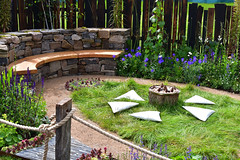 The 'Mandala' Mindfulness Garden (Bri_J) Tags: rhs chatsworthflowershow2019 chatsworthhouse edensor derbyshire uk chatsworth flowershow nikon d7500 mandala mindfulnessgarden garden heldquindesignpartnership showgarden
