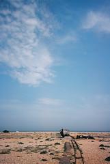 Dungeness (cranjam) Tags: ricoh gr1 gr1v film kodak ektar100 england inghilterra uk kent beach spiaggia sea mare dungeness