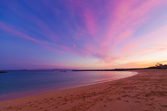 As I look up at the sky my mind starts tripping a tear drop my eye (Wright_shot_UK) Tags: sky skyscape skyscapes seascape seascapes colour colouredsky sea sand sunset sunsets
