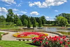 Castle Park Arcen (ruedigerdr49) Tags: park garden outdoor green castle nature flowers water