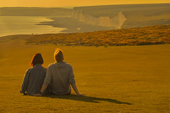 Insieme / Together (Seven Sisters, East Sussex United Kingdom) (AndreaPucci) Tags: sevensisters uk andreapucci eastsussex white cliffs birlinggap sunset