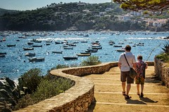 Calella de palafrugell (Claire Fun) Tags: spain walking costa brava sea boats catalonia