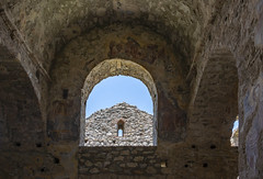 Hagia Sophia - Mystras - Laconia - Greece (Ava Babili) Tags: castle byzantine byzantio byzantium mystras medievalarchitecture greece peloponnese church greekorthodoxchurch