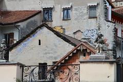 Dettagli, Locarno (Francesca Folliero) Tags: finestre viaggio dettagli colori colors colore fotografia foto photo