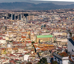 Napoli / Naples: Spaccanapoli (Abulafia82) Tags: pentax pentaxk5 k5 ricoh ricohimaging italia italy campania napoli naples paesaggio paesaggi landscapes landscape 2019 abulafiaurbano urban city città architetturaurbana
