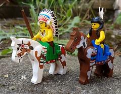 (claudine6677) Tags: lego toys spielzeug spielfiguren minifigures horses native americans indianer pferde