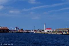 Un port ... (hobbyphoto18) Tags: port harbor harbour dunkerque nordpasdecalais hautsdefrance france northsea merdunord cotedopale eau water phare lighthouse pentax pentaxk50 k50