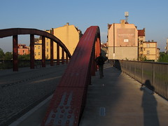 Bishop Jordan Bridge (kachigarasu PL (busy)) Tags: architecture poland ポーランド ポズナン ostrowtumski poznań ostrówtumski polska greaterpoland wielkopolska ヴィエルコポルスカ afternoon ostrówtumskipoznań ostrówtumskipoznan takenbynr bishopjordanbridge ヨルダン司教の橋 mostjordana cybinavalley cybina cybinariver ツィビナ川 cityscape śródka śródkapoznan śródkapoznań shadow photographer 影 street ストリート
