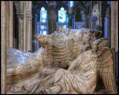 Edward II (NickD71) Tags: panasonic lumix dmc lx100 mk1 snapseed gloucester gloucestershire england uk city cathedral church monument religion christianity compact effigy sculpture statue memorial medieval history grave marble king regal murdered