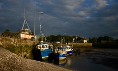 Low tide (conmoh) Tags: annagassan fishingboat lowtide pier sea port jetty fishing boat sand shell sunset clouds coast