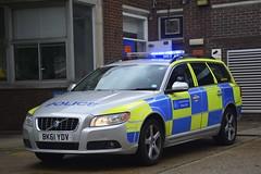 BK61 YDV (S11 AUN) Tags: london metropolitan police volvo v70 d5 anpr interceptor traffic car roads policing unit rpu 999 emergency vehicle metpolice bk61ydv