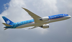 "N1015X, Boeing 787-9 Dreamliner, 62710 / 847, Boeing Aircraft Company, due to Air Tahiti Nui (TN-THT-Tahiti Airlines) as F-OVAA, ""Bora Bora"", LBG/LFPB Airshow 2019-06-17 (alaindurandpatrick) Tags: n1015x fovaa 787 789 7879 boeing boeing787 boeing787dreamliner boeing7879 boeing7879dreamliner dreamliner 62710847 jetliners airliners boeingaircraftcompany tn tht tahitiairlines airtahitinui airlines borabora islands paradisiacislands lbg lfpb parislebourget airports airshows airdisplays airdemonstrations"