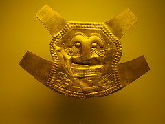 P6040358 (photos-by-sherm) Tags: museo de oro gold museum bogota colombia south america artifacts jewelry ornaments pottery cultures prehispanic spring
