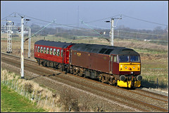 47245, Barby Nortoft (Jason 87030) Tags: westcoast wcml spoon duff brush class47 maroon ploughs 47245 saloon coach biritishrail loco diesel engine february 2018 northants northamptonshire line railway transport